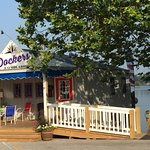 Dockers Bayside Grille at Green Turtle Bay Resort, entrance and front porch