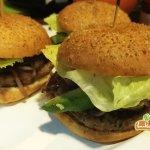 hamburger in puerto vallarta, restaurant café lukumbé