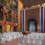 Outdoor Wedding Ceremony at Hotel Valencia Riverwalk