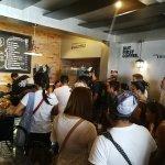 En la Cafetería Terminal 9 en Barrio Otoya