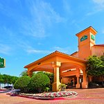 Photo of La Quinta Inn & Suites Dallas DFW Airport North
