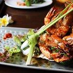 Udang Panggang - Grilled prawns in garlic & parsley, long bean in turmeric & coconut sauce