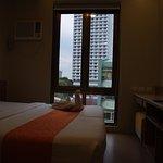 10th floor room: very quiet