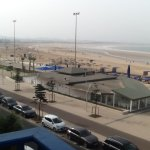 M Beach bar