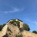 Rocca Farnese da piazza Umberto I