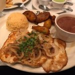 Chicken w/rice beans and plantains