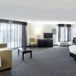 La Quinta Inn & Suites Boston-Andover Photo