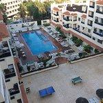 Photo de Apartamentos Oro Blanco