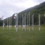 les mats dépouillés de leur drapeau ( triste vue )