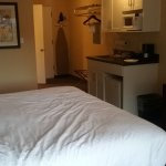 King size bed, kitchenette. Clean and updated
