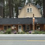 Log Cabin Cafe & Ice Cream resmi