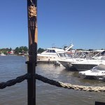 Foto de Chesapeake Inn Restaurant and Marina