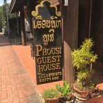 Phousi Guesthouse Photo