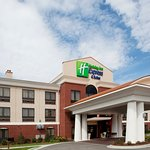 Photo of Holiday Inn Express Hotel and Suites Hardeeville-Hilton Head