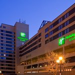 Photo de Holiday Inn & Suites Duluth-Downtown