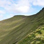 The saddle between Pen y Fan and Corn Du