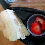 Lemonchello torte cake