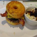 Photo de Brooks Gourmet Burgers & Dogs