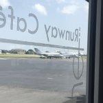 Foto de Jet Runway Cafe