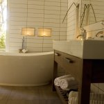Mapara Garden Suite-bathe in luxury