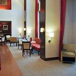 Photo of Hampton Inn & Suites Shreveport-South