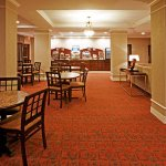 Photo de Holiday Inn Express Hotel & Suites Stephenville