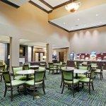 Foto de Holiday Inn Express Hotel & Suites Opelika Auburn