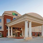 Photo of Holiday Inn Express Hotel & Suites Talladega