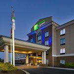 Photo of Holiday Inn Express Hotel & Suites Columbia East - Elkridge