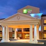Photo de Holiday Inn Express Hotel & Suites Lebanon