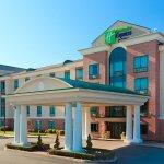 Photo of Holiday Inn Express Warwick/Providence