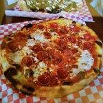 Bilde fra Cinders Wood Fired Pizza
