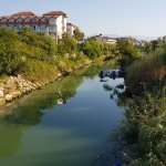 Слева Seher Resort Spa