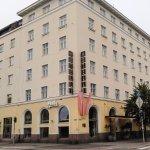 Hotel Helka building