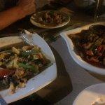 Pollo con vegetales y picante