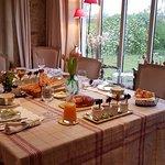 Belle table du petit-déjeuner
