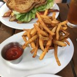 Fries & gf's BLT