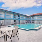 Baymont Inn & Suites Orange Park Jacksonville Photo