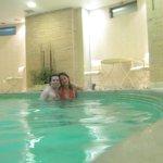 La piscina era más bien un jacuzzi gigante