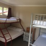No bed linen provided and not mentioned on the website. Surcharge for 10 dollars when you check