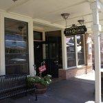 Walk-up to Cavana's Pub & Grub - Sutter Creek, Ca