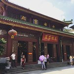 Photo de Temple of the Six Banyan Trees & Flower Pagoda (Liurong Temple)