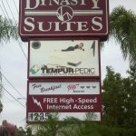 Dynasty Suites Redlands Foto