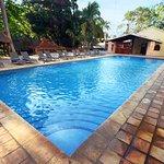 Disfruta de nuestra hermosa piscina en el corazón de Chichén Itzá