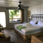 River Retreat Cottage (Check out day, room unmade)