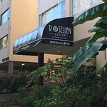 Photo de Rosellen Suites At Stanley Park