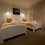 The Courtyard Suite is a private self contained unit, with a queen size bed in the bedroom