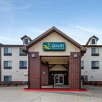 Quality Inn and Suites hotel in Emporia, KS