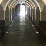 Jardin St James - crypt