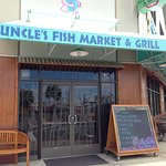 Entrance to Uncle's Fish Market & Grill